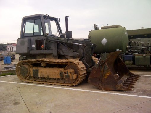 Spain to USA – Tracked Scoop Loader
