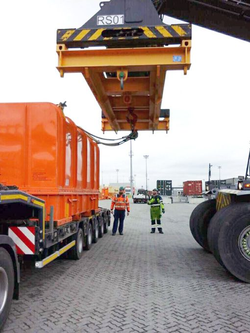 Cargo-being-lifted-from-truck_510-compressor